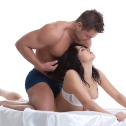 Common first Sex date behavior: no flirting on first date